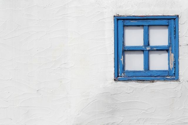 外壁は定期的な塗り替えを